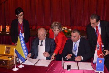 Travnik i Makarska partnerski gradovi!