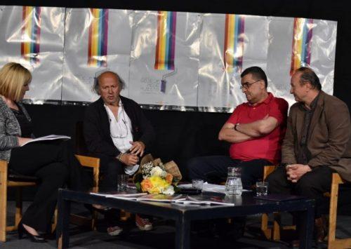 """SARTR-ova predstava """"Jedvanosimsoboakalomistobo"""" izvedena u okviru Takmičarskog programa Festivala bh. drame"""