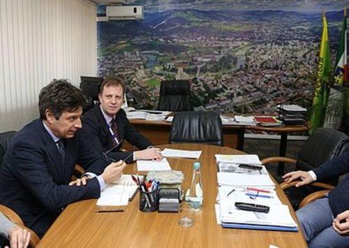 Sastanak gradonačelnika Fuada Kasumovića sa šefom Terenskog ureda OSCE-a u Travniku