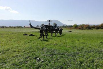 Pripadnici Specijalne policijske jedinice Uprave policije MUP-a ZDK na obuci u kasarni Rajlovac